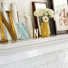 Easy {DIY} Wall Decor from Vintage Finds