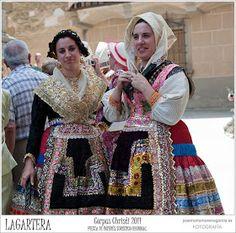 Castile Spain, Man Of La Mancha, Costumes For Women, Harajuku, Southern, Romance, Embroidery, Inspiration, Fashion