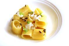 "Pasta ""mezzi paccheri Verrigni"": topinambur, salted codfish tripe"