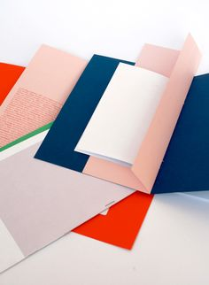 Tips and Tricks To Great Website Design Layout Design, Web Design Tips, Book Design, Design Art, Print Design, Design Trends, Graphic Design Tattoos, Typography Design, Packaging Design
