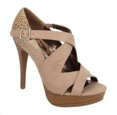 SOFIA VERGARA SHOES PICS  | Sponsored Post: Sofia Vergara Shoes: We're in Love!