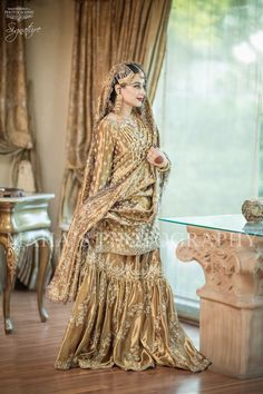 unique combination to try on your big day Muslim Wedding Gown, Asian Wedding Dress, Pakistani Wedding Outfits, Pakistani Wedding Dresses, Wedding Dresses For Girls, Pakistani Dress Design, Bridal Outfits, Pakistani Couture, Wedding Girl