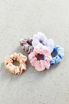Days Of The Week Scrunchie Set - Urban Outfitters