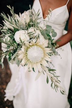 white and green wedding bouquet with protea   #wedding #weddings #weddingflowers #weddingtables #himisspuff #weddingbouquets