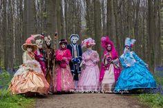 Les costumés véntiens au Bois de Hal, toutes les photos sur mon site http://www.soniachapelle.be/les-costumes-venitiens-au-bois-de-hal-22-04-2017/