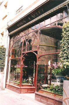 Art nouveau storefront-there is so much of this in Paris and Barcelona,Art Nouveau wonderlands. Art Nouveau Brussels, Art And Architecture, Architecture Details, Art Nouveau Arquitectura, Jugendstil Design, Art Nouveau Design, Shop Fronts, Belle Epoque, Entrance
