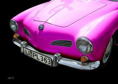 'VW Karmann-Ghia in black & pink' created by www.Oldtimerphotography.de
