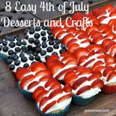 I love the creative fun that goes alone with this holiday! 8 Easy July 4th Desserts and Crafts - GO MOM!