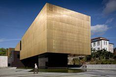 Centro Internacional para las Artes Jose de Guimarães / Pitagoras Arquitectos,© Jose Campos