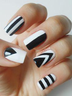 floral nail art Inspiring 2020 Nails 2020 paradise nails manicure and pedicure nail art Funky Nails, Glam Nails, Beauty Nails, Black And White Nail Art, White Nails, Black White, Shellac Nails, Toe Nails, Nail Polish
