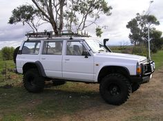 Mine's 93 but think it has the same bull bar. same shape anyway, I like the spotties on the luggage rack. Patrol Gr, 4x4 Wheels, Bull Bar, Nissan Patrol, Truck Camping, Luggage Rack, Cars And Motorcycles, Offroad, Dream Cars