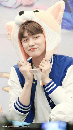 Esse neném, Iti Malia💛 J Pop, Got7, Kim Namjoon, Seokjin, Mamamoo, Jimin, March 4, Yoongi, Fan Art
