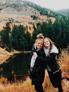 See more of madicurtiss's content on VSCO. Bff Pics, Cute Friend Pictures, Cute Photos, Cute Pictures, Cute Friends, Best Friends, Mode Au Ski, Best Friend Fotos, Friend Poses