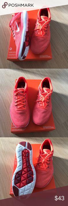 Women NIKE FLEX 2016 RN RUNNING 🏃 Sneakers 👟 9.5 New Women NIKE FLEX 2016 RN Running 🏃 SNEAKERS 👟 size 9.5👟🏃👟🏃NEW Nike Shoes Sneakers