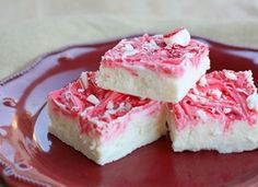 Vanilla Peppermint Fudge -- festive!  Takes less than 5 minutes to make, just stick it in the fridge for an hour & you've got a sweet treat ready to eat!