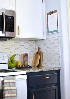 Before & After: An Outdated Kitchen Goes For Cool Color Contrast