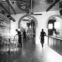 Flow restaurant & bar