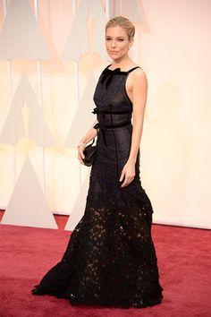 SÍ Y NO: La alfombra roja de la edición 87 de los Premios de la Academia Sienna Miller