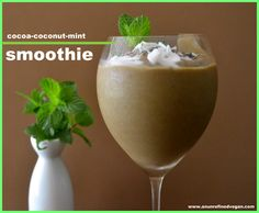 Cocoa-coconut-mint Smoothie: water + coconut yogurt + avocado + dates + cacao powder + fresh mint + tea ice cubes (chocolate tea steeped, chilled and frozen into ice cubes) garnish with mint leaves, coconut flakes + cacao nibs Mint Smoothie, Smoothie Drinks, Smoothie Recipes, Healthy Milkshake, Healthy Smoothies, Healthy Drinks, Healthy Eating, Healthy Food, Clean Eating