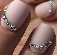 Simple nails and elegant wedding nails