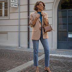 Cristina Surdu (@cristinasurdu) • Photos et vidéos Instagram Boyish Style, Comme Des Garcons, Color Combinations, Highlights, Instagram Posts, Photos, Fashion, Color Combos, Moda