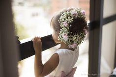 Daminha com arranjo floral