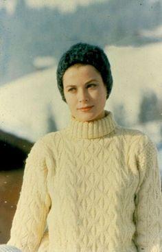 Grace Kelly, princess of Monaco, February 1962 Apres Ski Mode, Apres Ski Party, Grace Kelly Mode, Grace Kelly Style, Looks Style, Style Me, Princesa Grace Kelly, Patricia Kelly, Ski Fashion