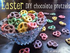 White chocolate bark covered pretzels - easy cute snack recipe, dyed pastel for Easter!