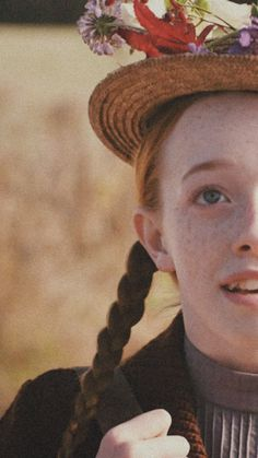 Image about wallpaper in anne with an e 👒💕 by 𝒥𝒶𝓋𝒾𝑒𝓇𝒶 Gilbert Blythe, Anne Shirley, Tumblr Wallpaper, Best Series, Tv Series, Amybeth Mcnulty, Gilbert And Anne, Anne White, Anne With An E