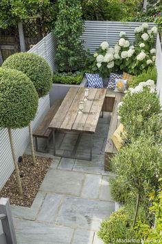 Braai pergola in 2019 small courtyard gardens, urban garden design, small.