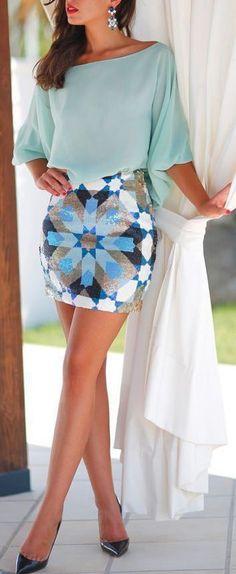 Stunning Blue Summer Look | Blue Geometric Print S...