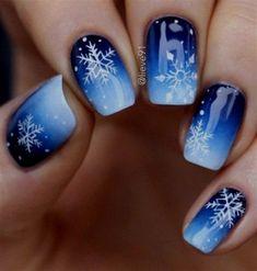 Gorgeous blue and snowflake nail art design, winter nail art design - Nageldesign - # Black Nail Designs, Winter Nail Designs, Elegant Nail Designs, Xmas Nails, Holiday Nails, Christmas Nails 2019, Christmas Gel Nails, Christmas Makeup, Winter Nail Art