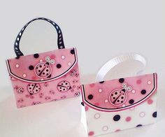 Sweet Ladybugs: Free Printable Candy Paper Bag.
