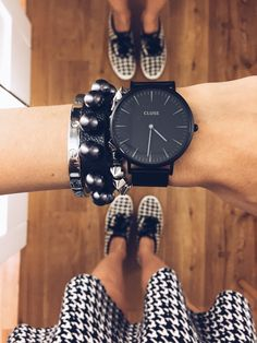 The Watch and the round studded leather bracelet. Women Accessories, Jewelry Accessories, Fashion Accessories, Ring Watch, Instagram And Snapchat, Michael Kors, Gifts For Husband, Vogue, Cool Watches