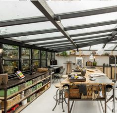 Atelier – Picture gallery – Creative Home Office Design Art Studio Room, Art Studio Design, Home Studio, Office Interior Design, Office Interiors, Studio Interior, Office Designs, Home Music, Cool Office Space
