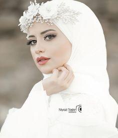 Hijab styles 734157176733180096 - Hijab Accessories Source by Hijabi Wedding, Wedding Hijab Styles, Muslimah Wedding Dress, Hijab Style Dress, Muslim Wedding Dresses, Muslim Brides, Dream Wedding Dresses, Bridal Dresses, Hijab Chic