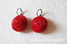 leather rose earrings - love!!  http://madebyeleonora.blogspot.it