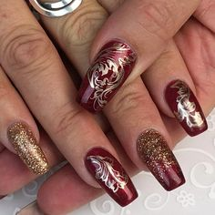 Nail Art seems to now be the ruler of the world of beauty and style. Nail Drawing Polish Stamper is a great idea to beautify your nails. Christmas Nail Art Designs, Best Nail Art Designs, Short Nail Designs, Fall Nail Designs, Christmas Nails, Holiday Nails, Christmas Holiday, Gel Nail Art, Easy Nail Art