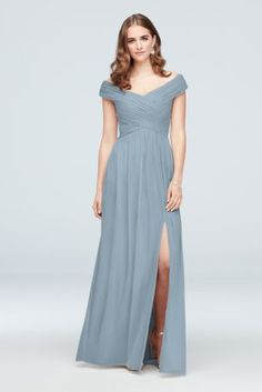 Searching for dreamy blue bridesmaid dresses? Shop at David's Bridal to find blue bridesmaid dresses in pale, dark & midnight blue at an affordable price! Asymmetrical Bridesmaid Dress, Bridesmaid Dresses Long Blue, Davids Bridal Bridesmaid Dresses, Lace Bridesmaid Dresses, Bridesmaid Ideas, Bridal Dresses, Two Piece Homecoming Dress, Homecoming Dresses Long, Liu Jo Robe