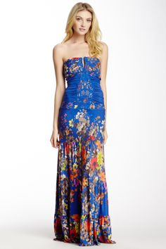 This dress is gooorgeous!