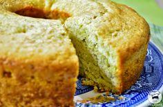 Bolo de Abacate e Limão ~ Avocado Lime Cake ~ Veganana