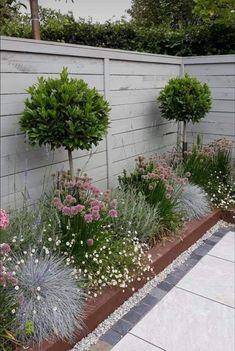Small Backyard Gardens, Small Backyard Landscaping, Back Gardens, Small Gardens, Outdoor Gardens, Back Garden Design, Backyard Garden Design, Garden Landscape Design, Lawn And Garden