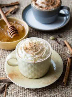 Warm Milk and Honey Drink Recipe || This healthy hot drink has many benefits, including helping you relax and sleep. It is also delicious at breakfast for a calm start to the day. Recipe on www.theworktop.com || #milkandhoney #hotdrink #healthydrink #milk