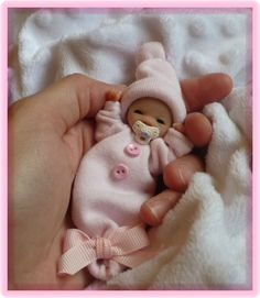 Ooak Partial Sculpt Newborn Baby Girl *Petunia* One Day Only Polymer Clay Figures, Polymer Clay Dolls, Polymer Clay Miniatures, Polymer Clay Projects, Polymer Clay Creations, Tiny Dolls, Ooak Dolls, Reborn Dolls, Biscuit