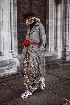 Mailand Fashionweek FW 18/19: Karomantel + Gürteltasche wir sagen YES und haben noch mehr Streetstyle-Looks für euch! #fashionweek #milano #streetstyle #outfits