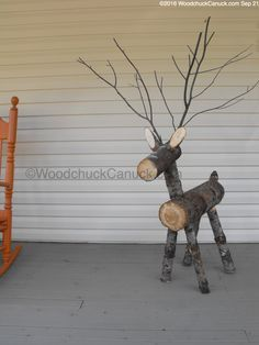 firewood,reindeer,logs - Emma Home Wood Log Crafts, Wooden Christmas Crafts, Wooden Christmas Decorations, Xmas Crafts, Rustic Christmas, Christmas Art, Christmas Projects, Christmas Ornaments, Reindeer Ornaments