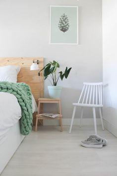 Modern Home Decor Bedroom Scandi Bedroom, Rustic Bedroom Design, Trendy Bedroom, Home Decor Bedroom, 50s Bedroom, Bedroom Modern, Bedroom Ideas, Pastel Bedroom, Bedroom Decor