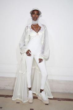 Fenty Puma by Rihanna, P-E 17 - L'officiel de la mode