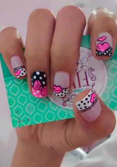 Nails spa Five 💅👣 💋 Fancy Nails, Love Nails, Diy Nails, Pretty Nails, Polka Dot Nails, French Tip Nails, Toe Nail Designs, Fabulous Nails, Beauty Nails