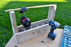 DIY Pallet Toolbox and Planter Box | 101 Pallets